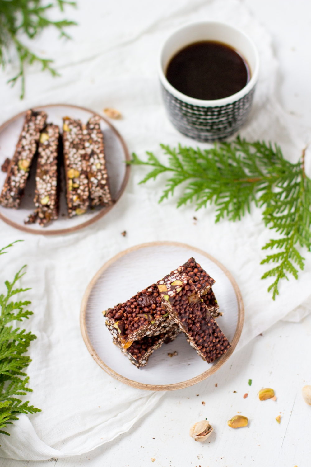 Chocolate quinoa bars